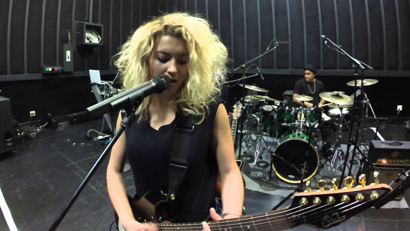 Antelope Audio's Orion32 Accompanies Tori Kelly on Tour, while Mick Guzauski Records and Mixes Exclusive Performance of 'Confetti' in the Studio