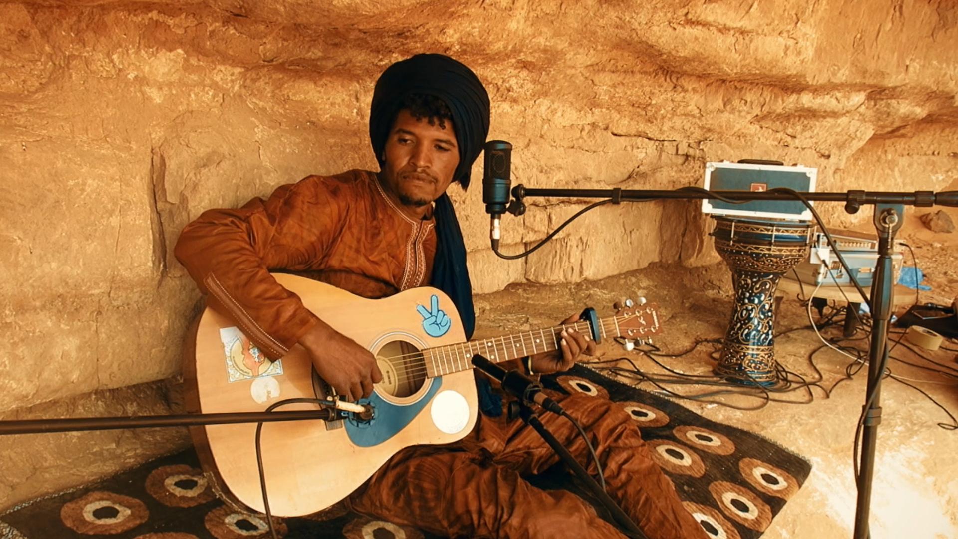 Sounds From the Desert – Abdelkrim & Tahat Art Studio