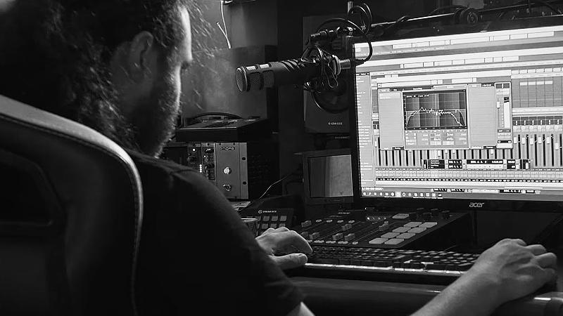 How do condenser mics work on HEAVY guitars JohnBrowne